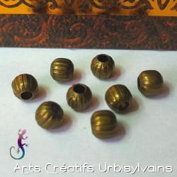 10 perles intermédiaires...