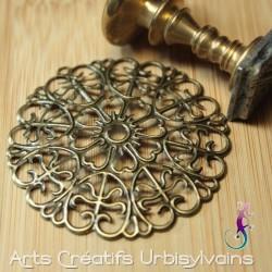 Estampe filigrane en métal...