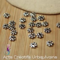 Lot de 25 perles...