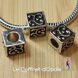 Perle européenne charm cube...